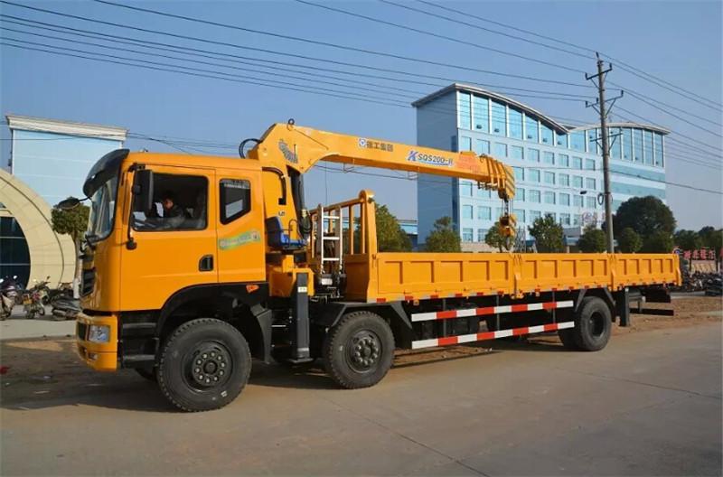 东风小三轴12吨随车吊 徐工随车吊