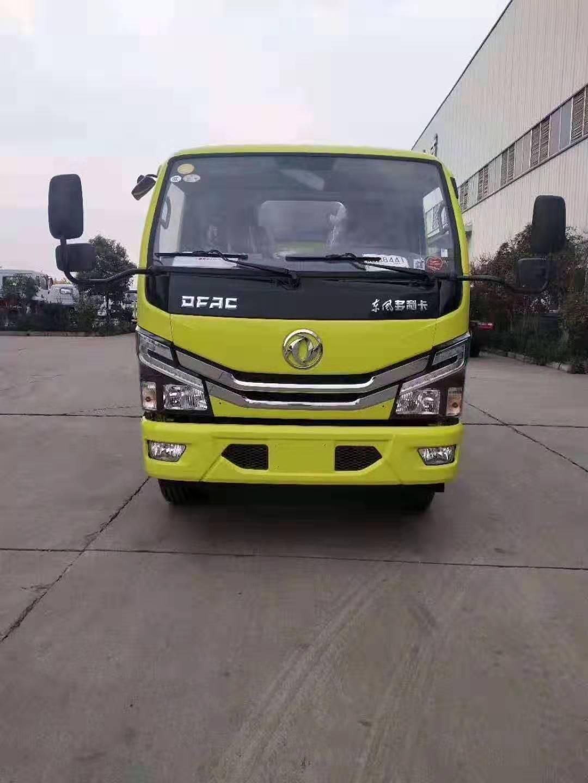 东风D6小多利卡5吨吸污车