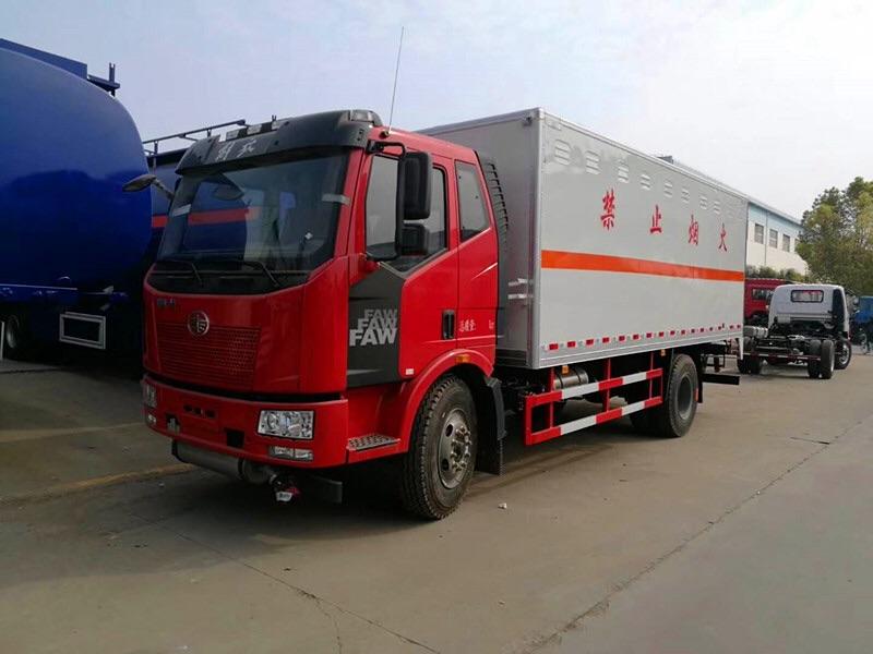 一類解放j6爆破器材廂式運輸車在那買圖片專汽詳情頁圖片