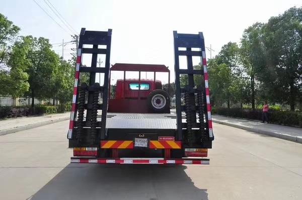 大運18噸挖機平板車5.5米平板運輸車圖片