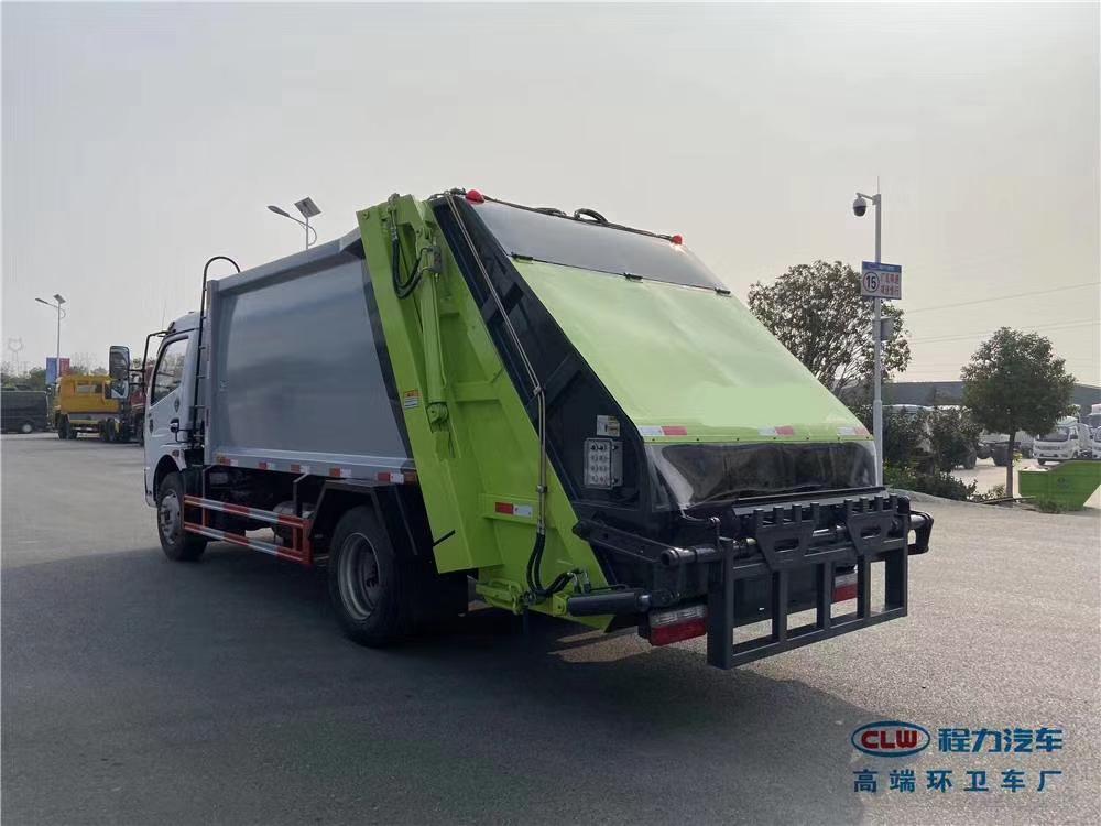 壓縮垃圾車的工作原理視頻