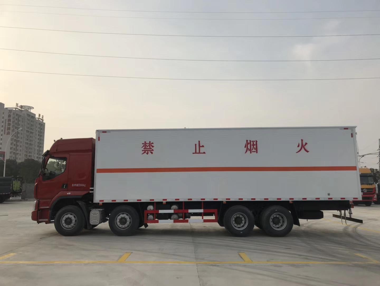 東風柳汽9類雜項9.4米危險品廂式運輸車圖片