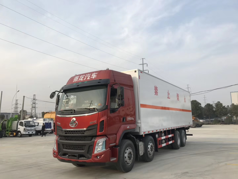 東風柳汽8X2危險品廂式運輸車圖片專汽詳情頁圖片