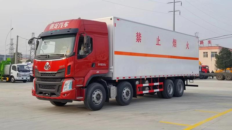 爆款:東風柳汽四軸9.4米氣囊懸掛危險品廂式運輸車 視頻視頻