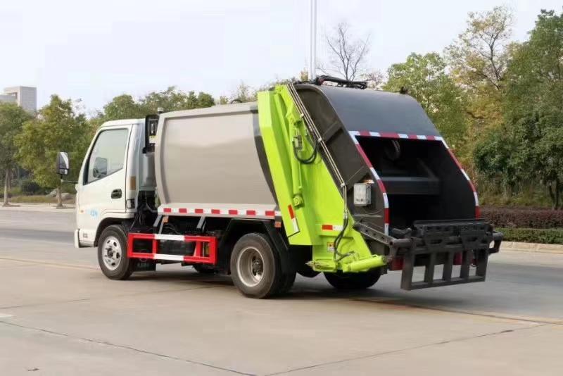 凱馬國六4方壓縮垃圾車國六3噸壓縮垃圾車圖片
