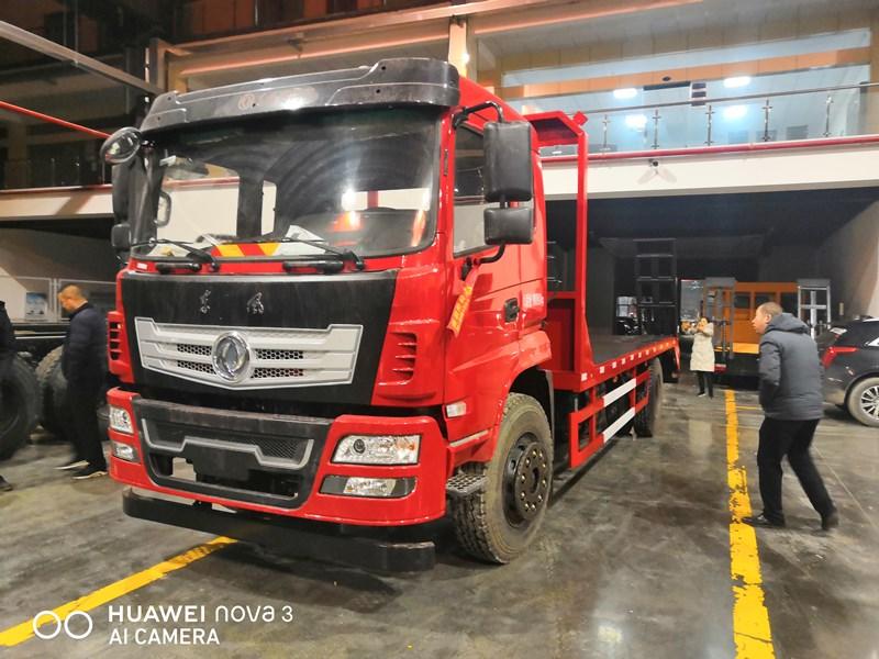 15噸挖機平板車-廠家直銷高端配置價格