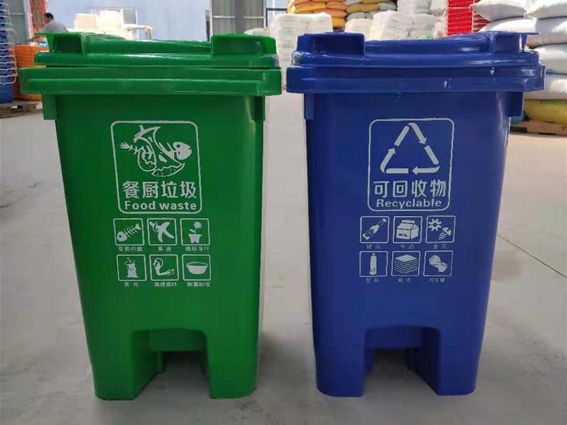 塑料垃圾车桶的特点
