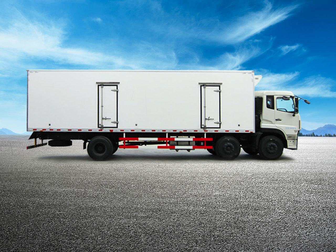 6米8冷藏车