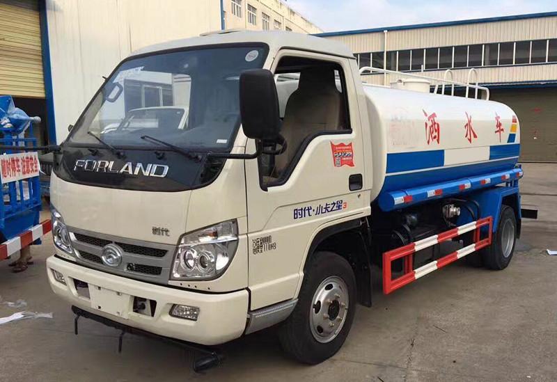 小型灑水車-福田時代2噸灑水車配置,價錢是多少