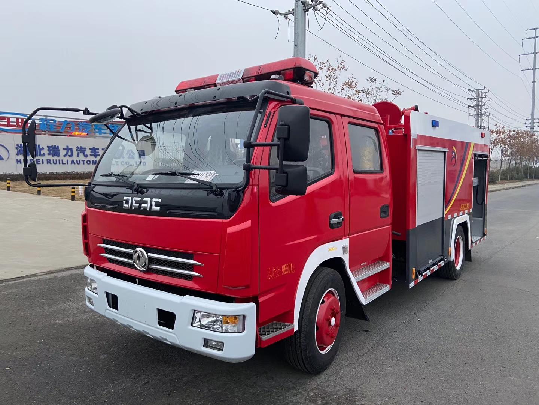 東風多利卡4方水罐消防車圖片專汽詳情頁圖片