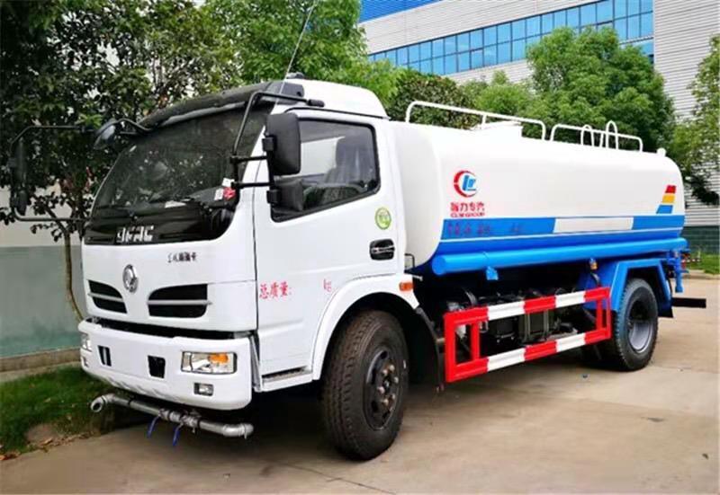 灑水車生產基地多功能灑水車園林綠化灑水車水罐車運水車視頻