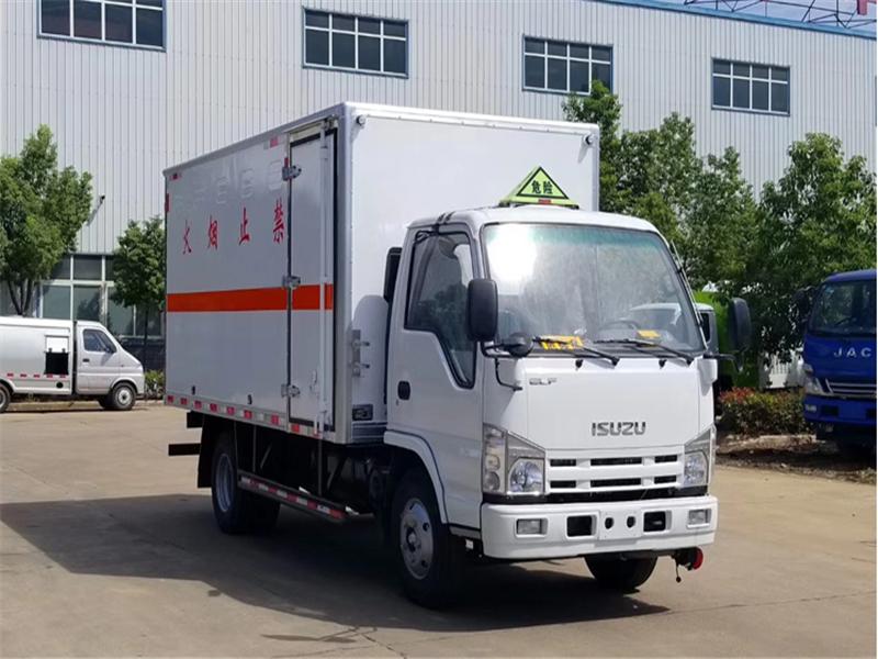 国六解放4.2米栏板式危险品运输车厂家直销
