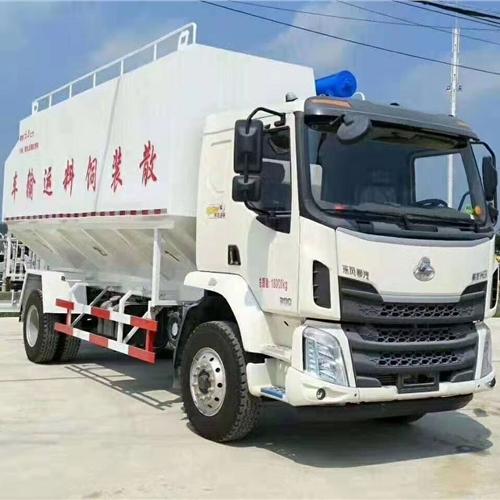 东风天锦饲料运输车安装调试图片