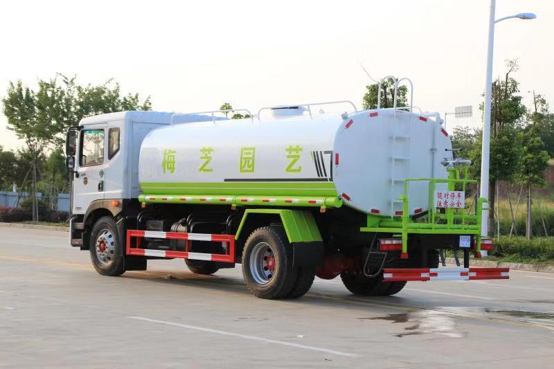 国六东风D9,14吨洒水车