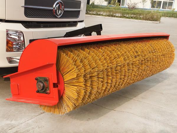 滚扫清雪车配件-除雪滚刷