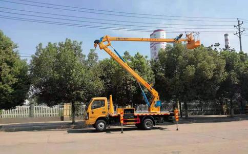 國六多利卡16米高空作業車