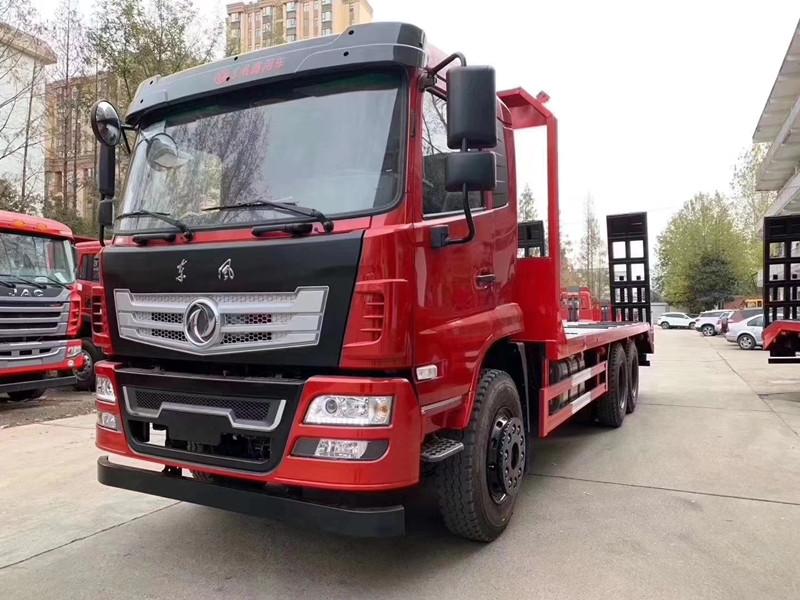 拉15-25吨挖机解放平板拖车配置图片什么价