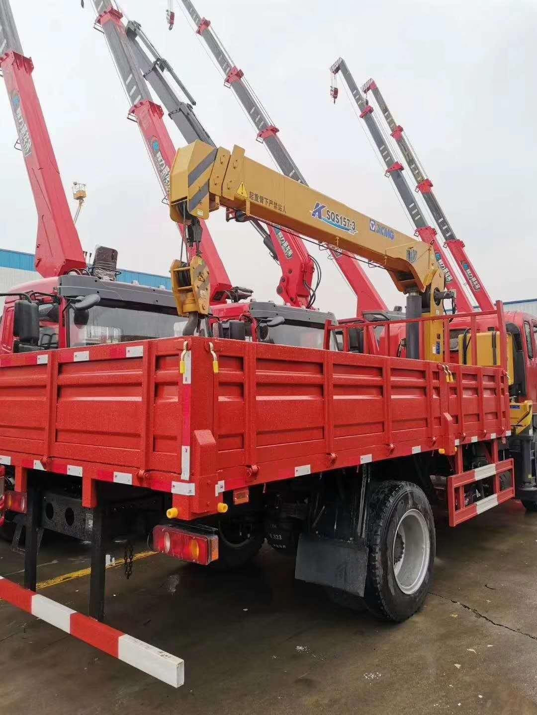 程力威龙14吨5节U型大臂随车吊