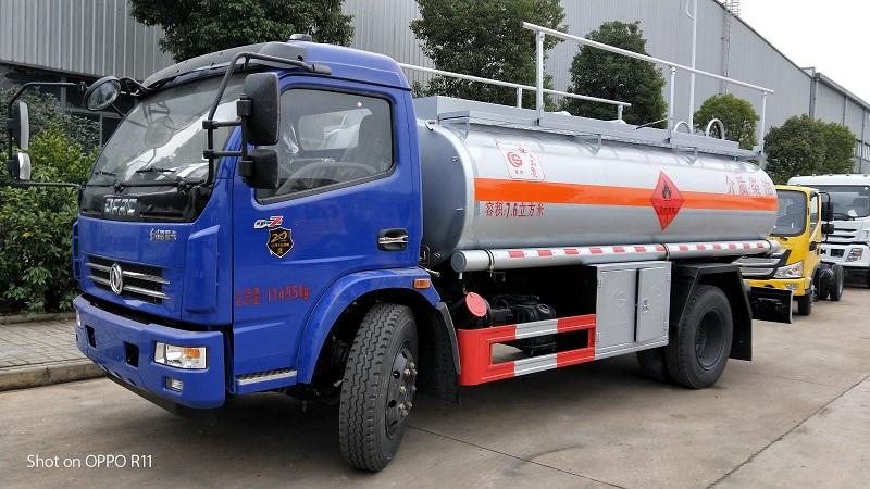 東風多利卡油罐車|7.6方加油車多少錢?廠家直銷圖片專汽詳情頁圖片