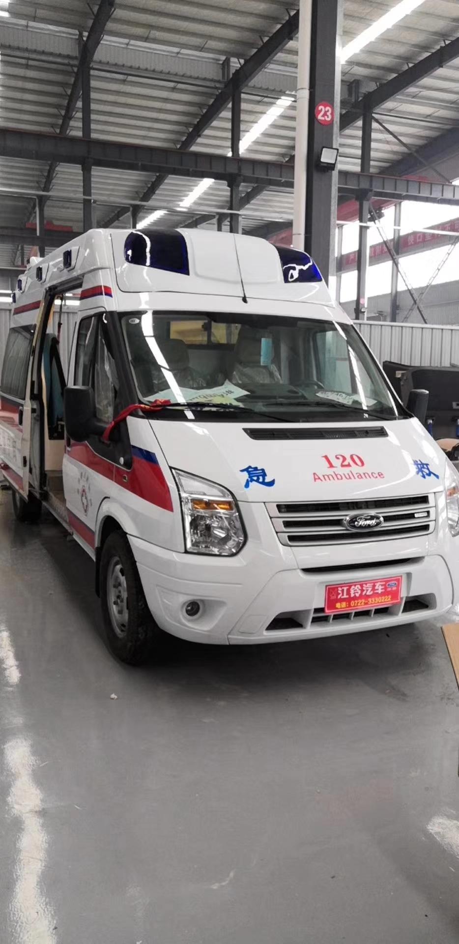 防疫型救護車圖片