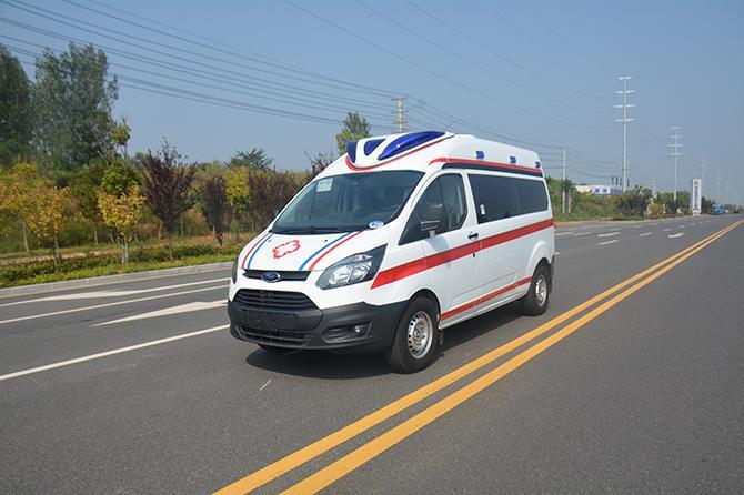 全顺V362中轴中顶负压救护车