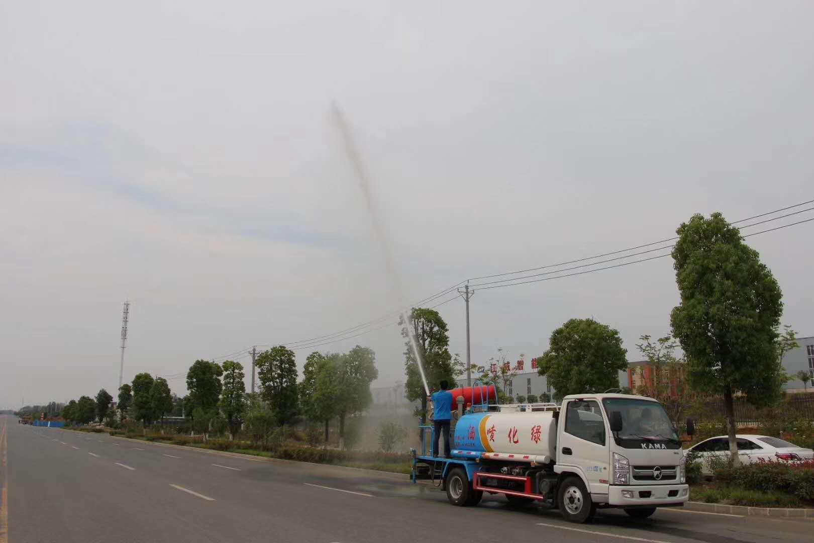 國六解方220馬力12方高端霧炮消毒車助力衛生部門進行城鄉防疫消毒