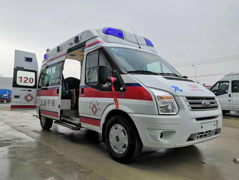 湖北隨州程力救護車批量交付
