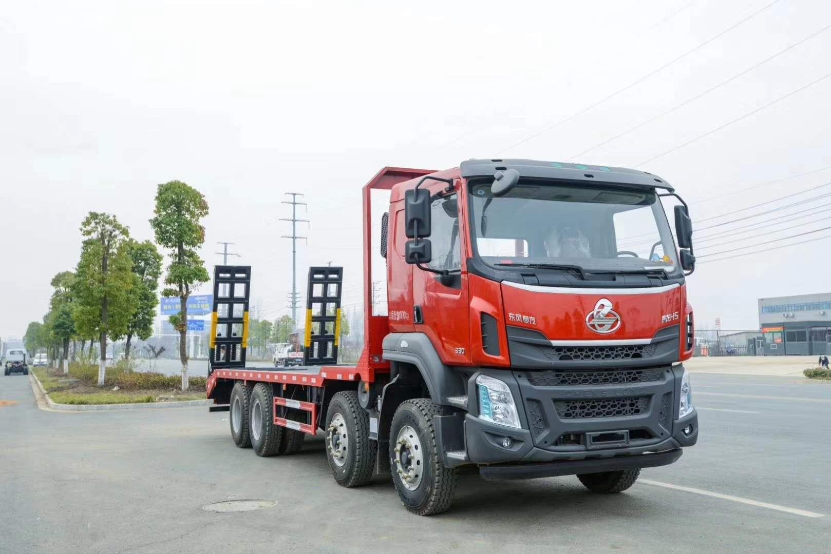 广西东风柳汽330马前四后八平板拖车多少钱一台?