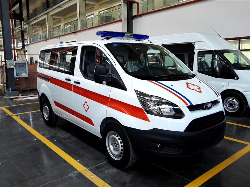 全顺V362短轴低顶救护车