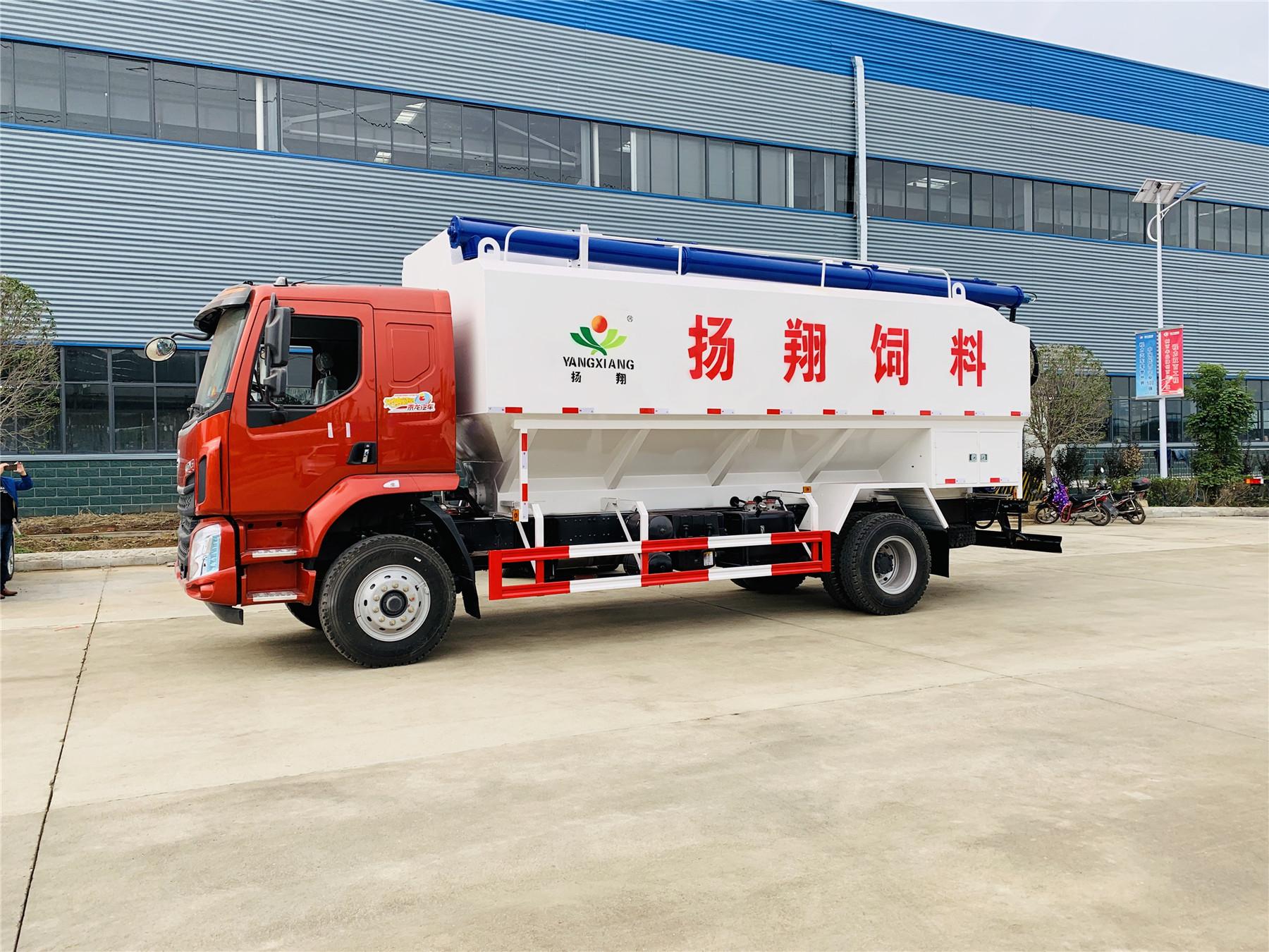 柳汽乘龙(28方/14吨)饲料车图片