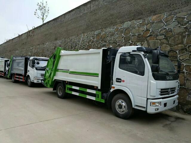 新款国六压缩垃圾车