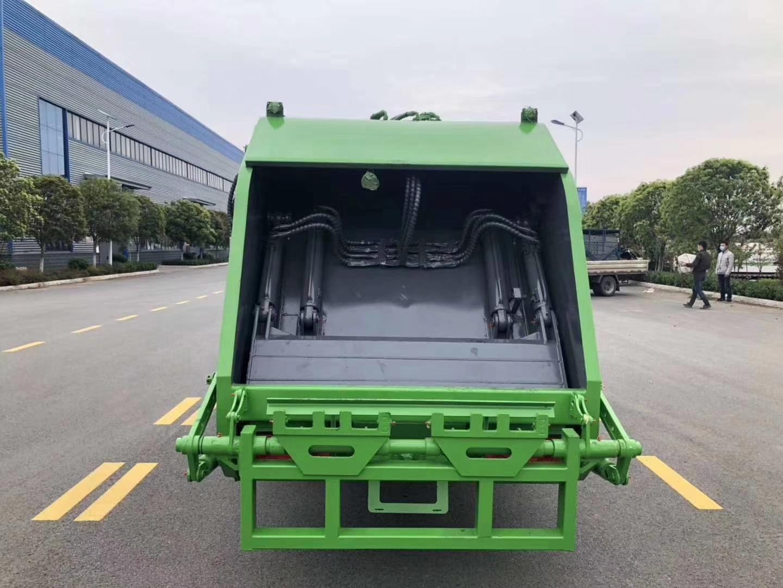 国六春风6方紧缩渣滓车图片