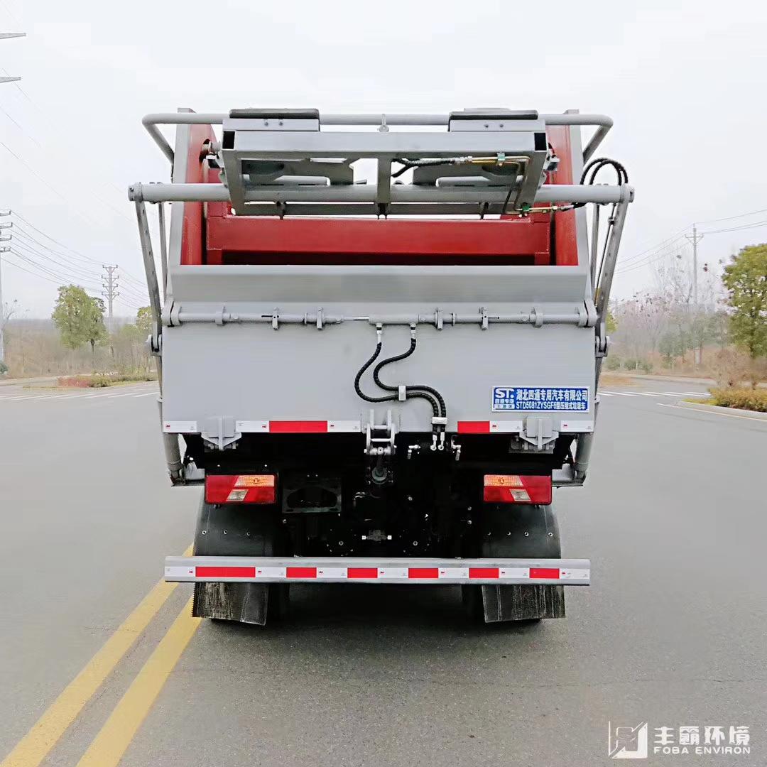 無泄露壓縮垃圾車圖片