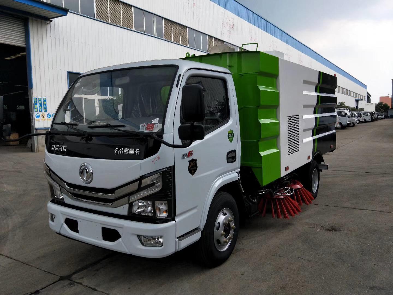 5吨国六东风扫道车图片
