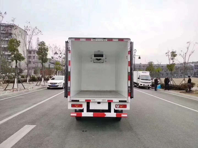 福田祥铃国六两米八冷藏车图片