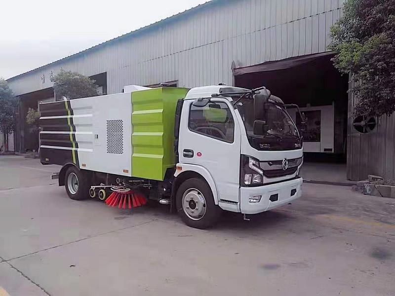 东风多利卡国六洗扫车视频