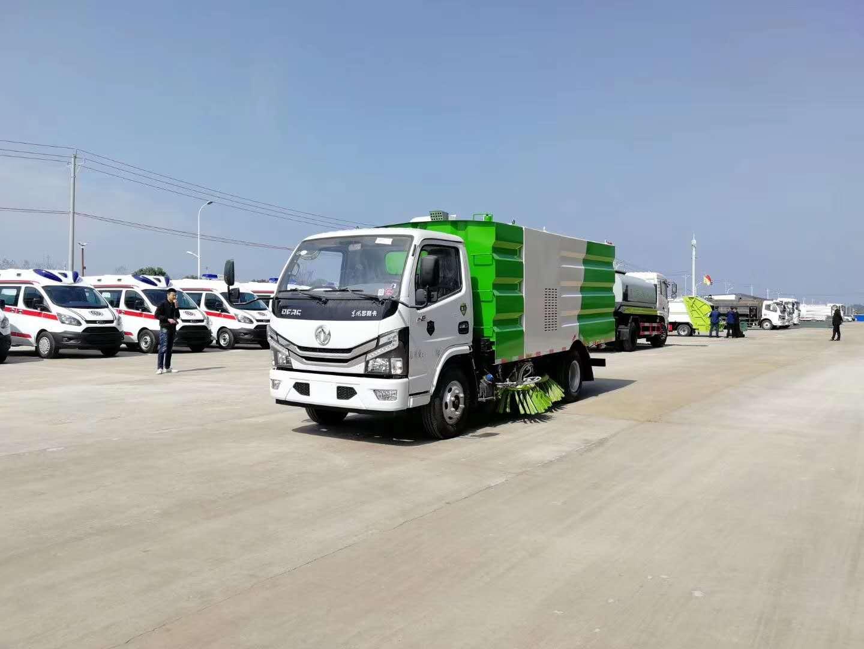 国六东风多利卡扫路车图片