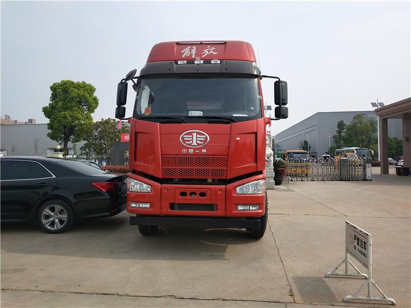 30噸解放J6前四后八運油車多少錢 解放油罐車多少 視頻視頻
