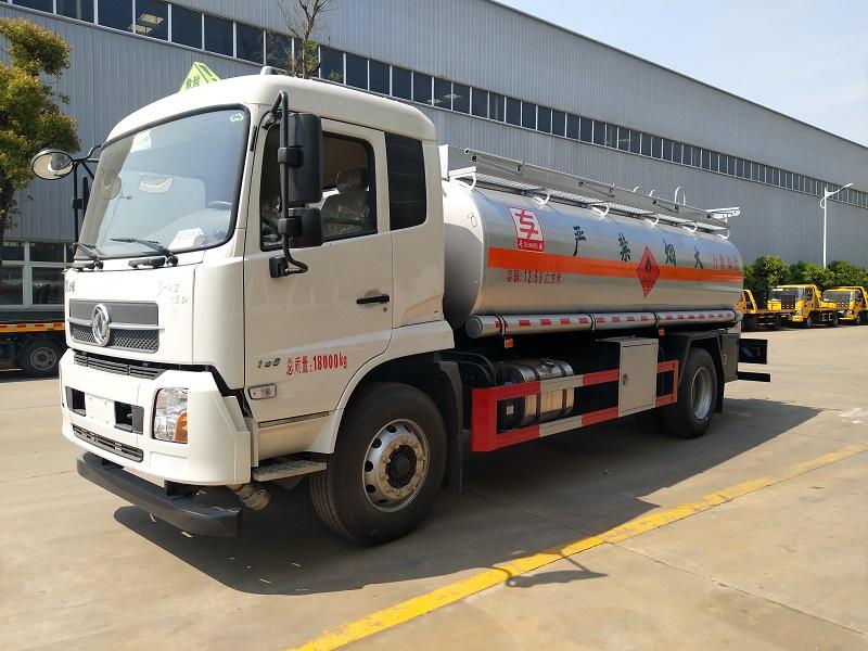 國五東風天錦康明斯190馬力單橋12噸油罐車加油車 視頻視頻