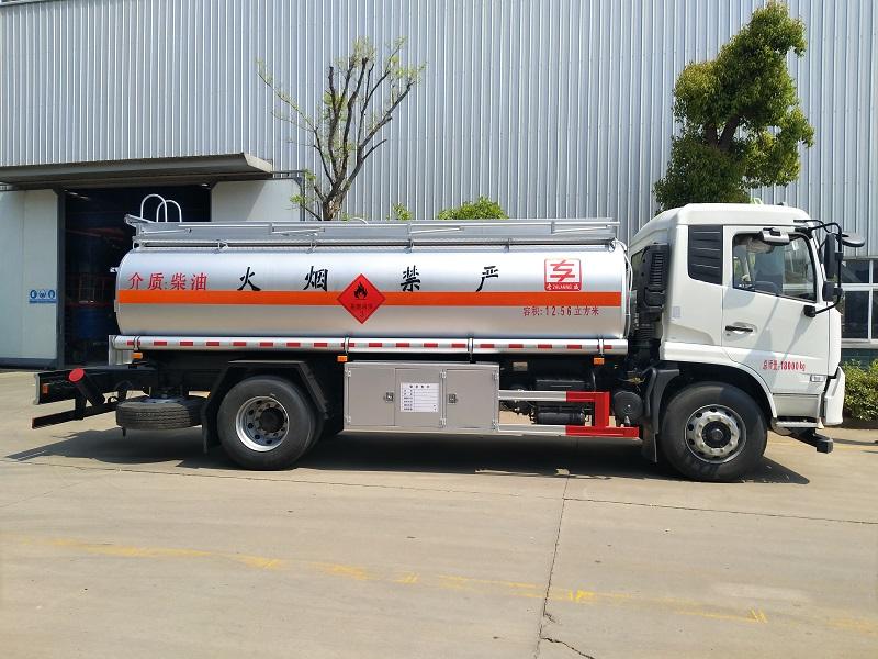 東風天錦油罐車 10-12噸單橋油罐車 視頻視頻