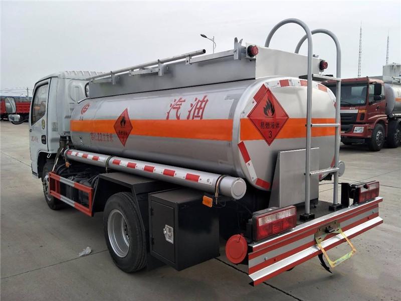 2噸油罐車跟5噸油罐車在哪買便宜 視頻視頻