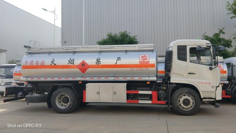 天錦單橋氣囊橋12噸加油車 總質量18噸油罐車配置 視頻視頻