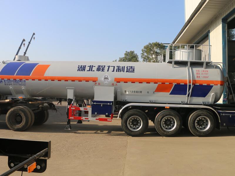 市面上唯一的一款二氧化硫液化气体运输车