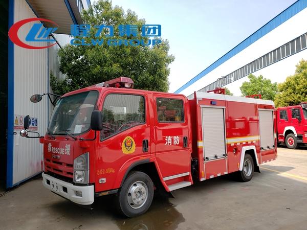 五十鈴3.5噸泡沫消防車
