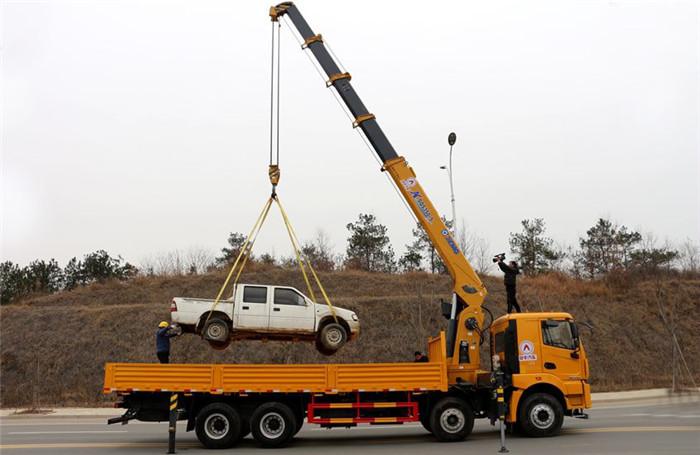徐工汉风前四后八14吨随车吊
