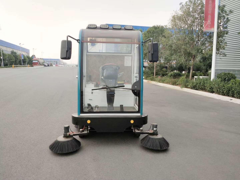 纯电动四轮扫地车扫地机配置价格图片