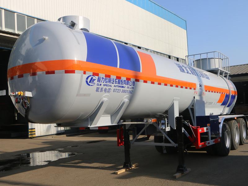 二氧化硫半挂运输车