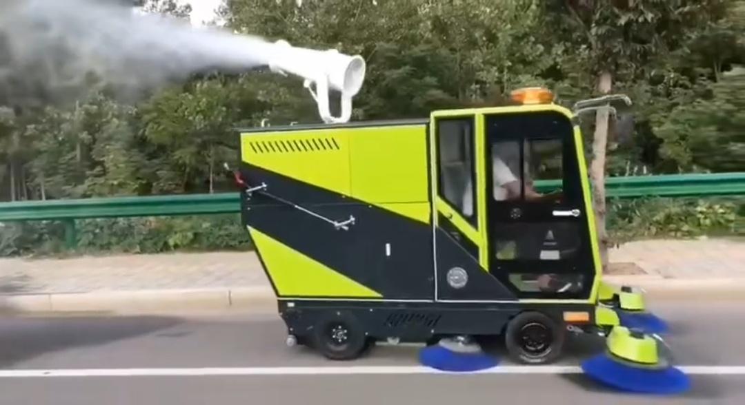纯电动四轮强力清扫全能王电动清扫车扫地机视频