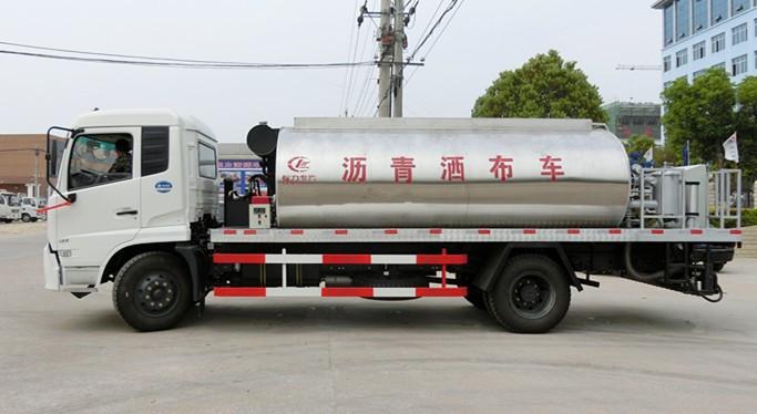 东风天锦常规型沥青洒布车