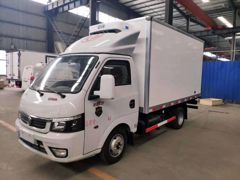 国六东风途逸柴油3米23冷藏车